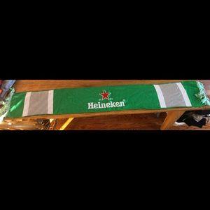 Brand new Heineken knit scarf!